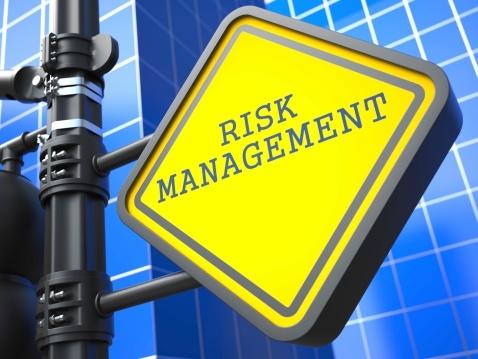 How a Portfolio Approach to Stocks Reduces Risk