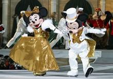 Disney Top Entertainment Stocks